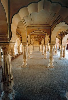 Rajasthan, India | http://www.travelbrochures.org/262/asia/travelogue-of-incredible-india