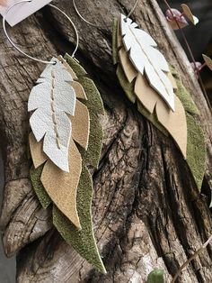 Layered Leather Feather Earrings - Destination Wedding - Make Up For Beginners - Leather Jewelry DIY - DIY Wedding Hair Styles - DIY Kitchen Ideas Dangly Earrings, Feather Earrings, Diy Earrings, Aztec Earrings, Fringe Earrings, Diy Leather Earrings, Leather Jewelry, Leather Craft, Fabric Jewelry