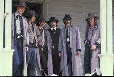 The Long Riders (1980)The Long Riders (1980) ... David Carradine. Cole Younger. Keith Carradine. Jim Younger. Robert Carradine. Bob Younger. James Keach. Jesse James. Stacy Keach.