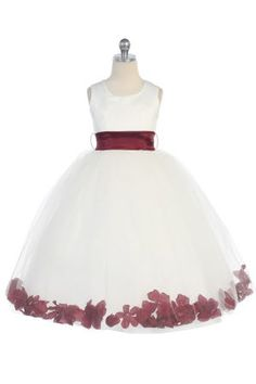 i wore a flower girl dress like this to my aunts wedding when i was like 4