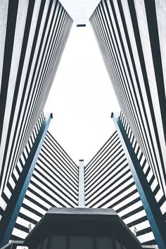 Shapes and lines. by Zacspicy