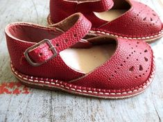 FRENCH VINTAGE 50's / kids / shoes / leather / made in France / newdeastock…