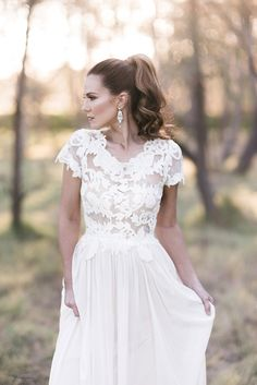 Modern bridal styling with high ponytail | Kaitlin Maree Photography