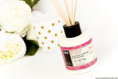 Sur mon blog beauté, Needs and Moods, je vous parle de la marque Panier des sens en Provence. J'ai testé une bougie, un diffuseur de parfum et un lait pour le corps à l'huile d'olive biologique.  http://www.needsandmoods.com/panier-des-sens-avis/  #panierdessens #provence #bougie #parfum #beauté #blog #blogger #blogueuse #beauty #rose #reveriesenrose #diffuseur #rose #rosewood