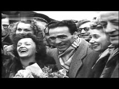 ▶ Duffy Sings Edith Piaf: Hymn to Love (Hymne à l'Amour) via YouTube - Music Video