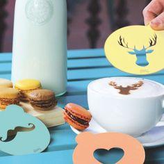 Des pochoirs pour faire du café un art au petit déjeuner
