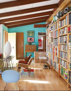 I love this house!  Check out this site:  http://bestingnesting.com/bee-things-readymade-magazine-1227.htm