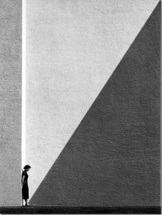 Approaching Shadow, 1954 (c) Fan Ho