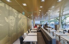 Gallery - McDonald's Pavilion on Coolsingel / mei architects and planners - 5