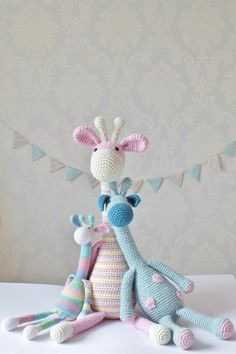 I love these crocheted giraffes! OK, so it's not knitting, but they're damned cute! Thanks for repinning; some day I might develop a pattern to knit them!!!!!