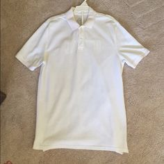 White collared shirt White collared shirt from St. John's! Size small, worn a couple of times, in perfect condition! St. John's Bay Shirts Polos