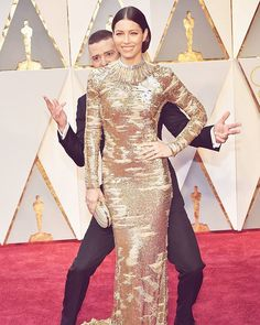 Schaut ihr auch die Oscar-Verleihung? Gewinner Kleider Paare: Alles zu den Oscars 2017 auf Glamour.de LINK IN BIO!! #Oscars2017 #theacademy #relationshipgoals : copyright Getty Images  via GLAMOUR GERMANY MAGAZINE OFFICIAL INSTAGRAM - Celebrity  Fashion  Haute Couture  Advertising  Culture  Beauty  Editorial Photography  Magazine Covers  Supermodels  Runway Models