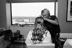Bride getting ready photos | Shea McGrath Photography | Wedding Photography | www.sheamcgrath.com