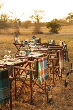 Safari theme makes it informal and relaxing.