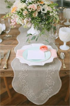 gorgeous tablescape! | Photographer: Jacque Lynn Photography | Flowers: Utah Events by Design and Urban Chateau Floral