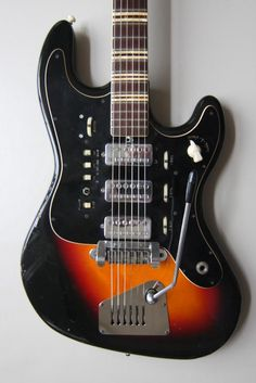 1965 Hofner 176 Galaxy | via vintage and rare