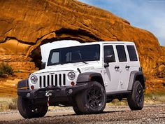 Jeep Wrangler Unlimited Moab 2013 | Car and Tracks