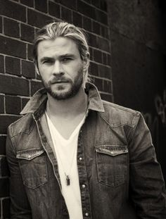Chris Hemsworth. Holy poop... Can take me anyday.