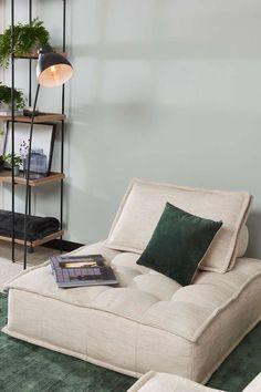 Unique Furniture, Pallet Furniture, Xl Sofa, Sofa Design, Interior Design, Casamance, Zen Room, Classic Home Decor, Home Office Design