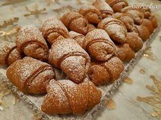 Mrkvové rožteky so slivkovým lekvárom (fotorecept) - recept | Varecha.sk Ale, Bread, Food, Hampers, Ale Beer, Ales, Breads, Hoods, Meals