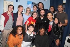"""Tom Hiddleston and Eddie Arnold pose with the cast backstage at the hit musical """"Dear Evan Hansen"""" on Broadway at The Music Box Theatre on October 2019 in New York City. Dear Evan Hansen, Thomas William Hiddleston, Tom Hiddleston Loki, Music Box Theater, Theatre, New York City, New York October, Connor Murphy, Te Amo"""