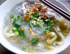 Glass Noodles Soup With Poached Chicken 雞絲冬粉湯