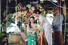 Now we're talking some glamour Javanese wedding. we're so excited get to share the photos of Chacha and Dico's wedding. This fabolous c. Fairmont Jakarta, Javanese Wedding, Bridesmaid Dresses, Wedding Dresses, Kebaya, Traditional Wedding, Wedding Ceremony, Dream Wedding, Wedding Decorations