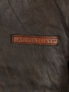 Vintage Avirex Vintage Aviator Jacket - XL, Regular Fit, size Size XL . Colour Dark Brown and made from 100% Cowhide Leather with with Graphic Lining and and Front Zip Fastening fastening.