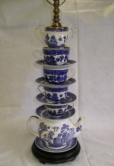 Blue Willow Tea Cup Lamp - this could work into my redecorating of my Master Bedroom!