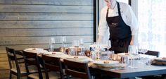 Hôtel Finlande : Chalet privé en Laponie - Europe - 9 Table Settings, Europe, Chalets, Lapland Finland, Luxury Travel, Modern, Place Settings, Table Arrangements, Desk Layout