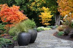 Nice Contemporary Garden Pottery Design