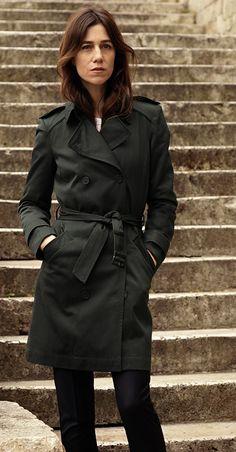 Le look Parisienne Comptoir des Cotonniers porté par Charlotte Gainsbourg