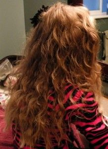 Go to www.hairsnoop.com to get your step by step guide on how to get these no heat curls!