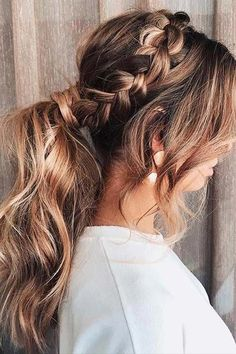 43 Stunning Prom Hair Ideas for 2019 Side Braid and Messy Ponytail - homecoming hairstyles Curly Hair Styles, Curly Hair Updo, Prom Hairstyles For Long Hair, Prom Hair Updo, Hair Dos, Braided Hairstyles, Wedding Hairstyles, Cool Hairstyles, Pageant Hairstyles