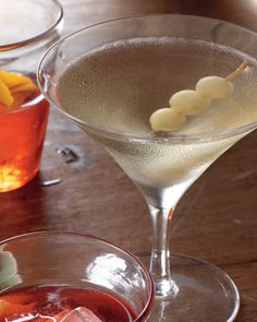 Classic Oscars Party Cocktails: This urbane cousin of the martini is a cool gin cocktail served with a pickled pearl onion instead of an olive.