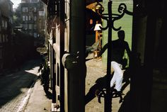 Alex Webb TURKEY. Istanbul. 2004. Cihangir. Mirror and stores.