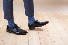 Barevné ponožky SocksInBox BlueRed, detail Marceline, Doc Martens Oxfords, Oxford Shoes, Ankle, Boots, Model, Fashion, Crotch Boots, Moda