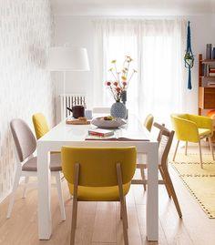 Casinha colorida: Home Tour: com azul e amarelo