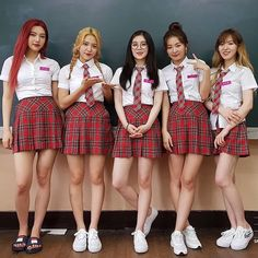 (Joy, Yeri, Irene, Seulgi and Wendy) Wendy Red Velvet, Red Velvet Joy, Red Velvet Seulgi, Red Velvet Irene, Black Velvet, Kpop Girl Groups, Korean Girl Groups, Kpop Girls, Asian Music Awards