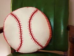 Baseball pillow tutorial
