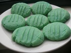 I found this suggested on a New Zealand recipe forum when I was searching for recipes to use up some jelly crystals. My girls had a lot of fun making their *blue* biscuits and now have plans to make *green* ones!!! Great for a rainy school holiday day.