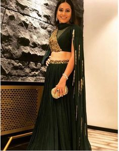 Indian Dress Up, Indian Fashion Dresses, Indian Gowns Dresses, Indian Designer Outfits, Designer Dresses, Lehenga Designs Simple, Kurta Designs, Dress Designs, Indian Wedding Outfits