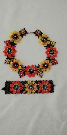 Friendship Bracelets, Poppy, Collars, Beaded Bracelets, Jewellery, Stud Earrings, Macrame Jewelry, Crafts, Schmuck