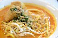 Making Singapore Laksa (seafood) ~ Singapore Food | Recipes