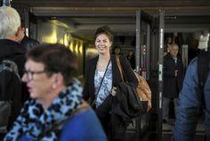 Haluatko töihin ulkomaille? Näillä vinkeillä pääset alkuun Tradenomiopiskelija Marika Aalto aikoo valmistuttuaan hakea töitä Ruotsista. Hän on työharjoittelussa suomalais-ruotsalaisessa kauppakamarissa. Syyskuun lopussa hän saapui Tukholmasta työhönsä liittyvästä seminaarista.