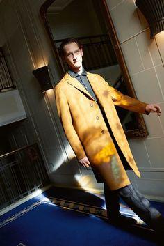 Harris Wharf coat in yellow wool, Giorgio Armani polo and pants Valentino Sneakers, Gucci Loafers, Armani Polo, Giorgio Armani, Celine, Balenciaga, Fendi, Saint Laurent, Duffle Coat