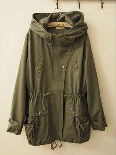 kanacassecret.com   finally found a military green anorak jacket!  fall outerwear 0129