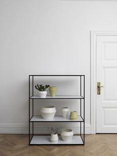 twin bookcase, by lassen