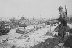 El desembarco de Normandía. Fotografía de la playa de Omaha durante el conocido como Dia D, el 6 de junio de 1944.