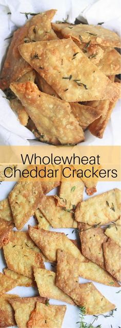 Cheddar Crackers Crispy, baked crackers made with olive oil, wholewheat flour and filled with cheddar cheese and fresh thyme!Crispy, baked crackers made with olive oil, wholewheat flour and filled with cheddar cheese and fresh thyme! Cheese Appetizers, Appetizer Recipes, Keto Recipes, Cooking Recipes, Cheese Dips, Appetizer Ideas, Cheese And Crackers, Savoury Biscuits, Oatmeal Biscuits